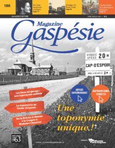 Couverture du Magazine Gaspésie « Une toponymie unique! » : Signalisation routière à Cap-d'Espoir en 1941. Photo : Paul Carpentier. BAnQ, E6, S7, PA3296
